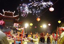 Lantern celebration ceremony